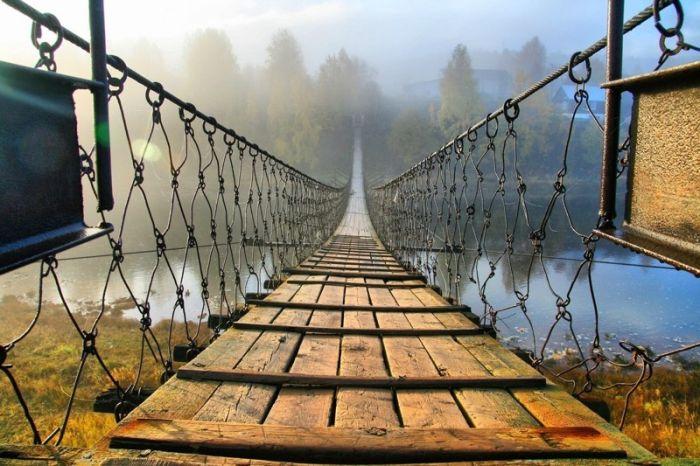 Висячие мосты в российской глубинке