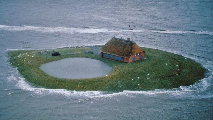 Халлиги — временные острова у побережья Северного моря