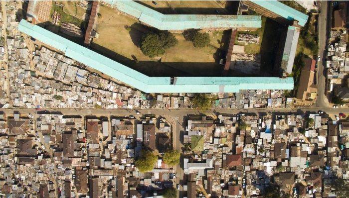 Африканские контрасты на снимках Джонни Миллера