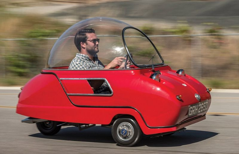 Трёхколёсный микромобиль за сотню тысяч долларов