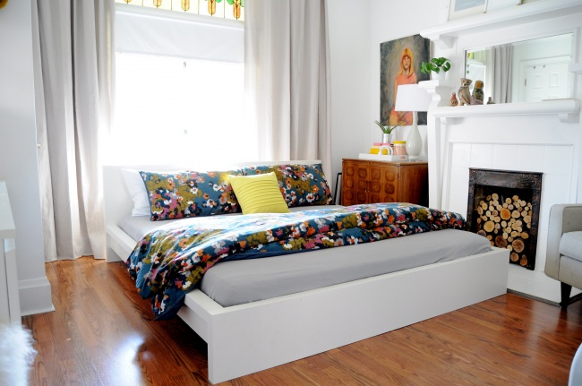 Блестящие идеи для уюта в спальне