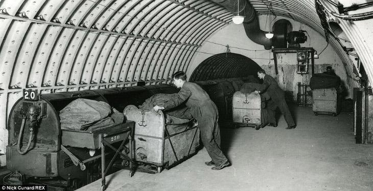 Экскурсия по лондонской подземной почтовой железной дороге