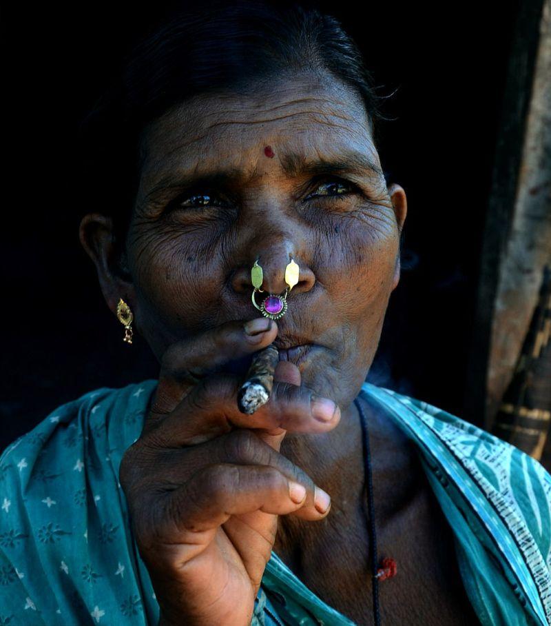 Индийское племя с серьгами в носу