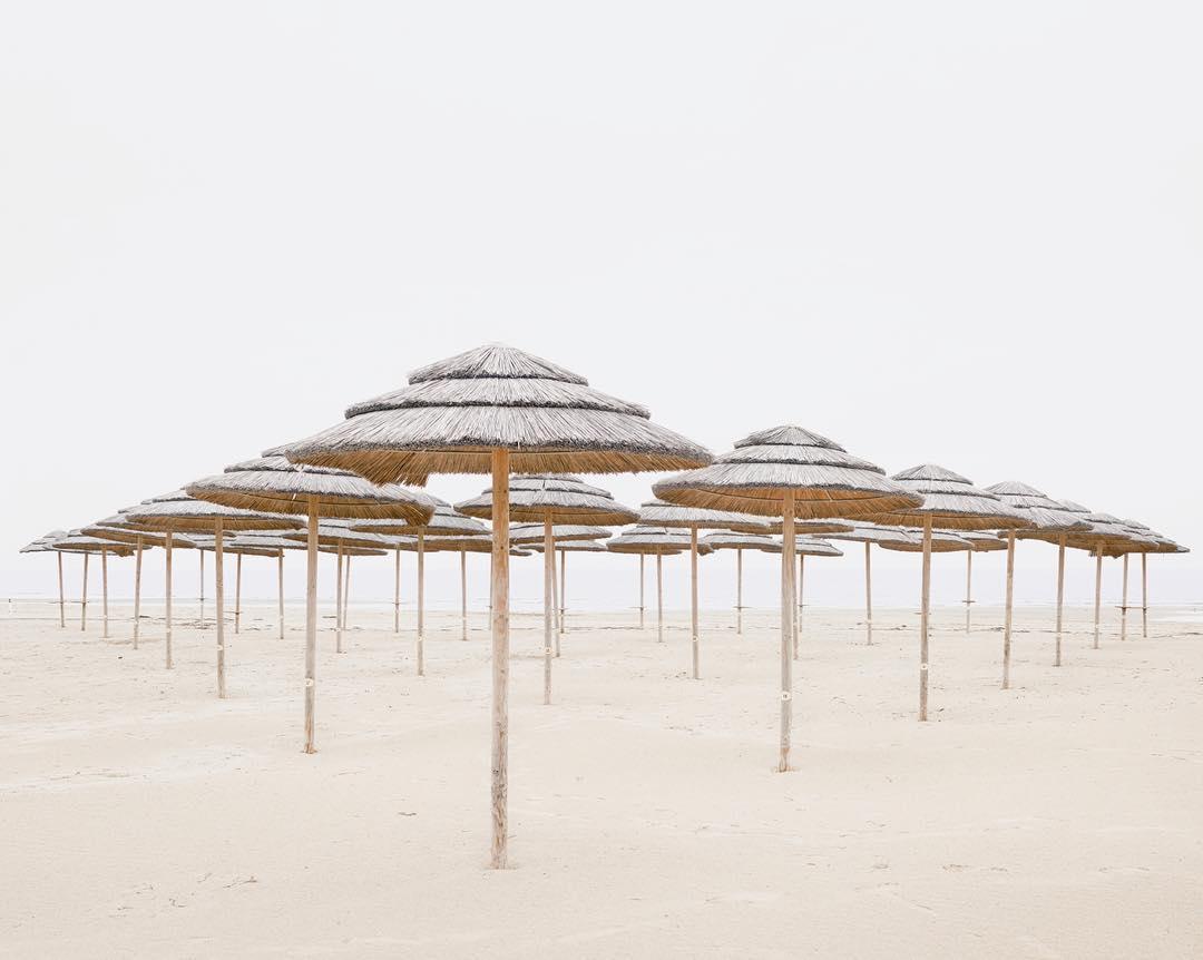Красивые и минималистические пейзажи от Акоса Майора