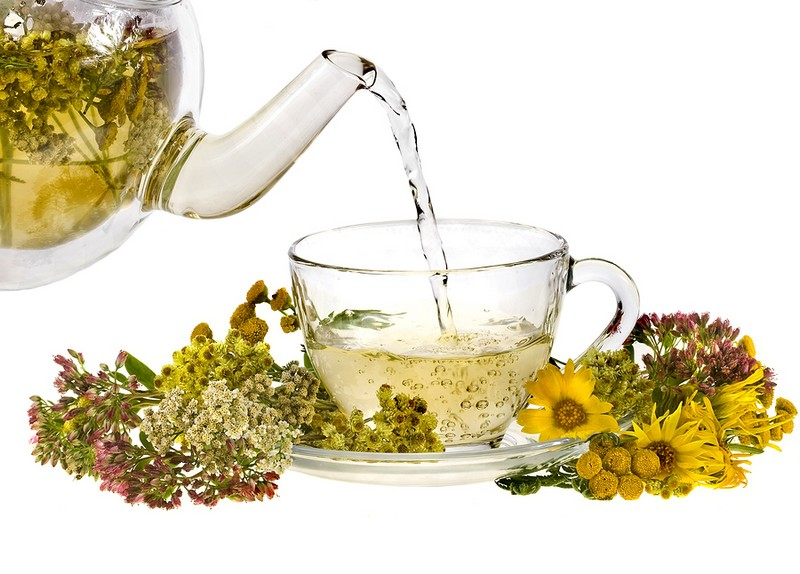 10 полезных трав для заваривания чая