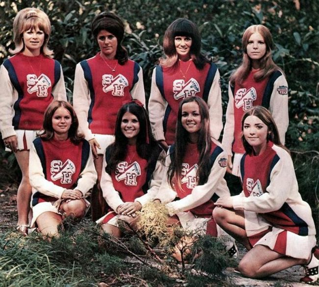 Американский чирлидинг США в 70-е — 80-е годы