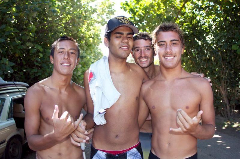Дерек Рабело — слепой серфер из Бразилии
