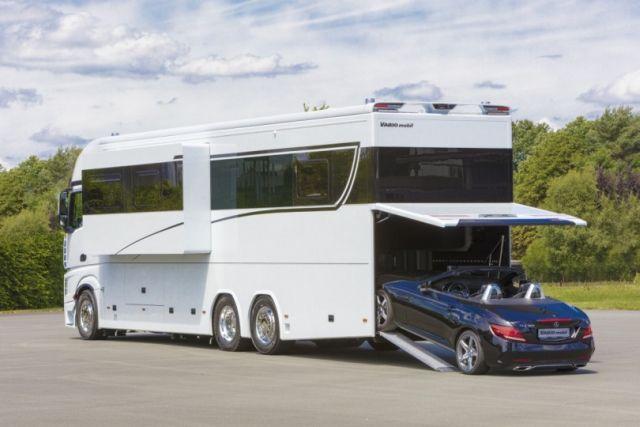 Signature 1200 — дом на колесах за 1,4 миллиона долларов