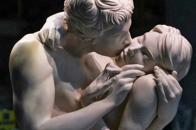 16 скульптур, на которые неловко смотреть и невозможно отвести взгляд