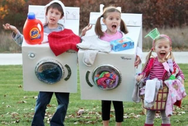 Забавные групповые костюмы на Хэллоуин