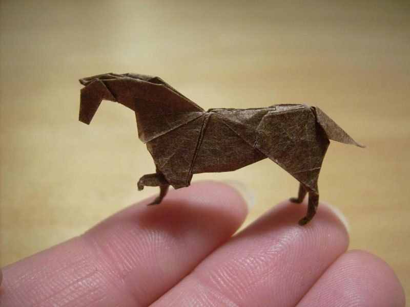 Крошечные оригами, умещающиеся на кончике пальца