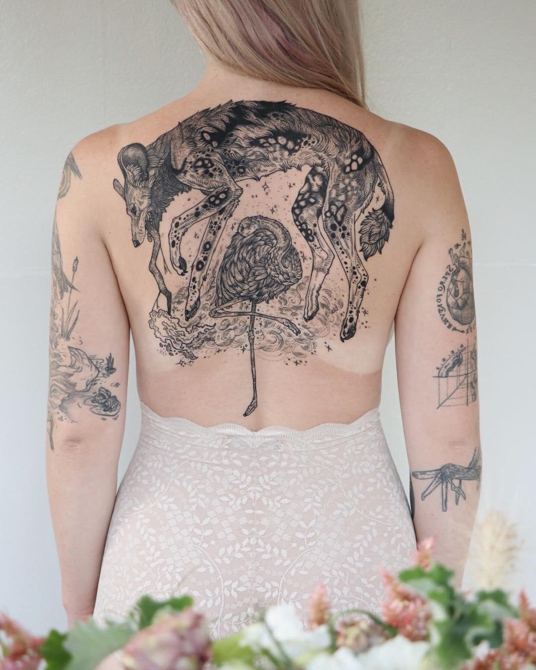 Природа и космос в татуировках от Пони Рейнхардт