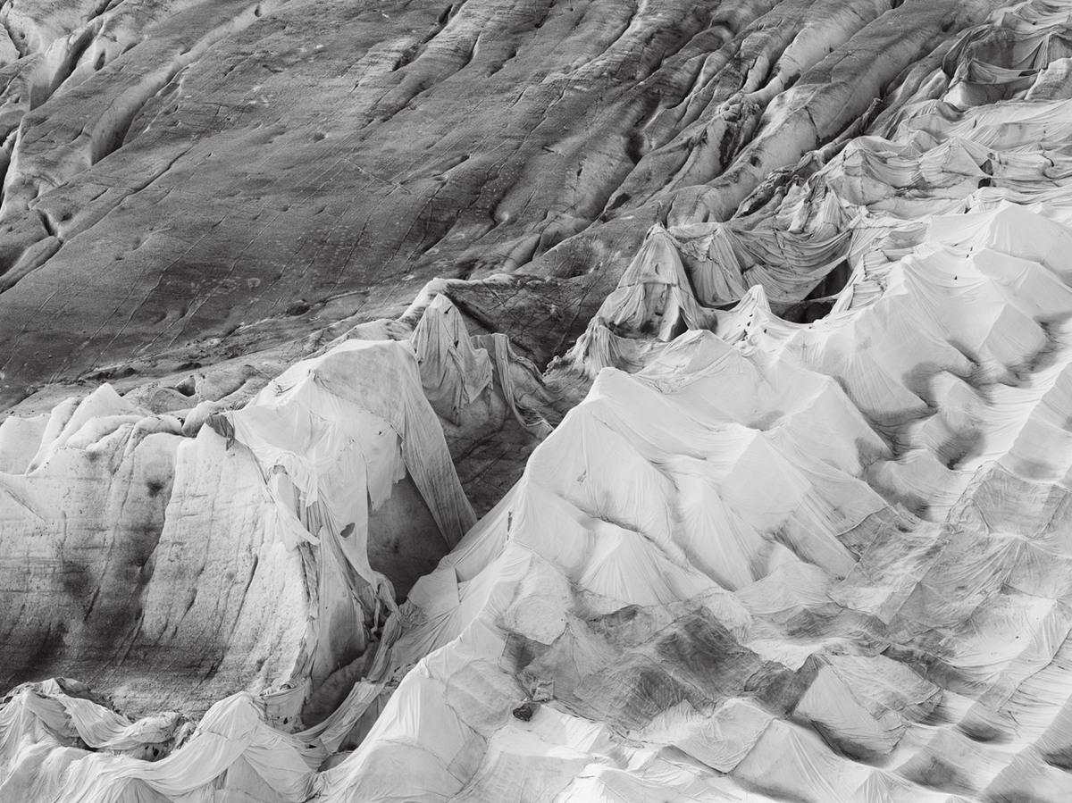 Ронский ледник под одеялом от Стефана Шлюмфа