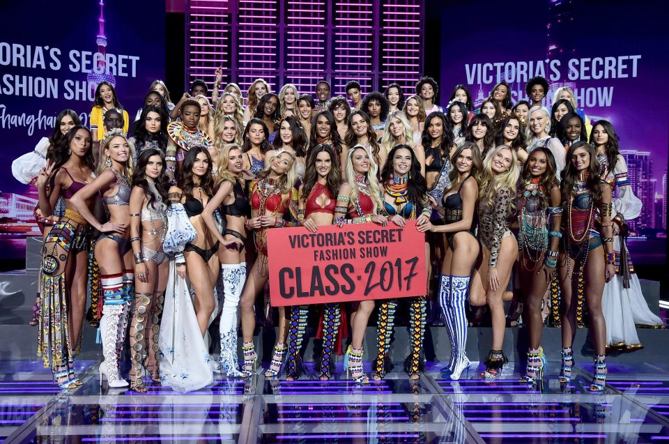 Шоу Victoria's Secret Fashion Show в Шанхае