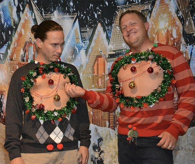 Нелепые и откровенные рождественские свитеры