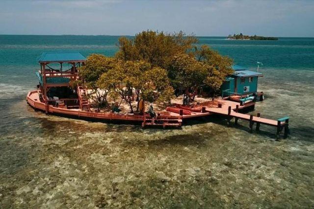 Необитаемый остров в Карибском море сдается в аренду