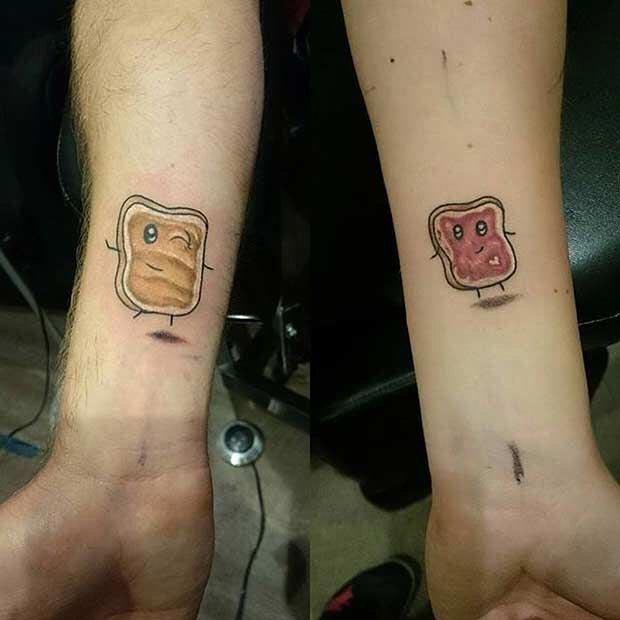 15 крошечных парных татуировок