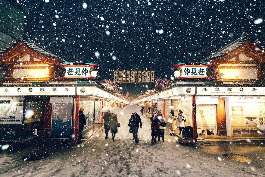 Заснеженный Токио от Юити Ёкоты