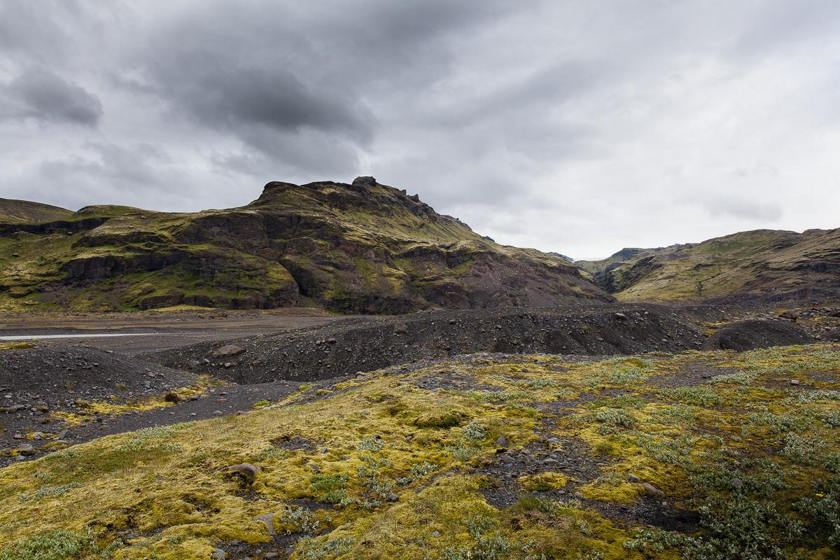 Грубые ландшафты южной части Исландии