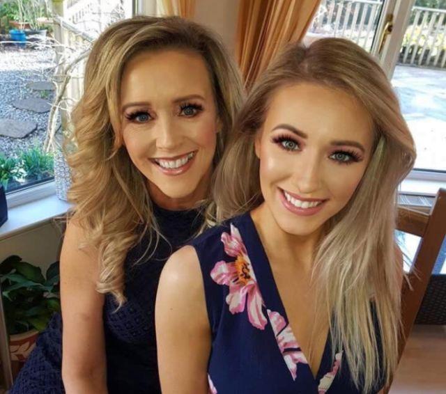 Мать и дочь вместе участвуют в конкурсах красоты