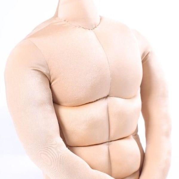 Невероятно популярная подушка в форме половины мужика