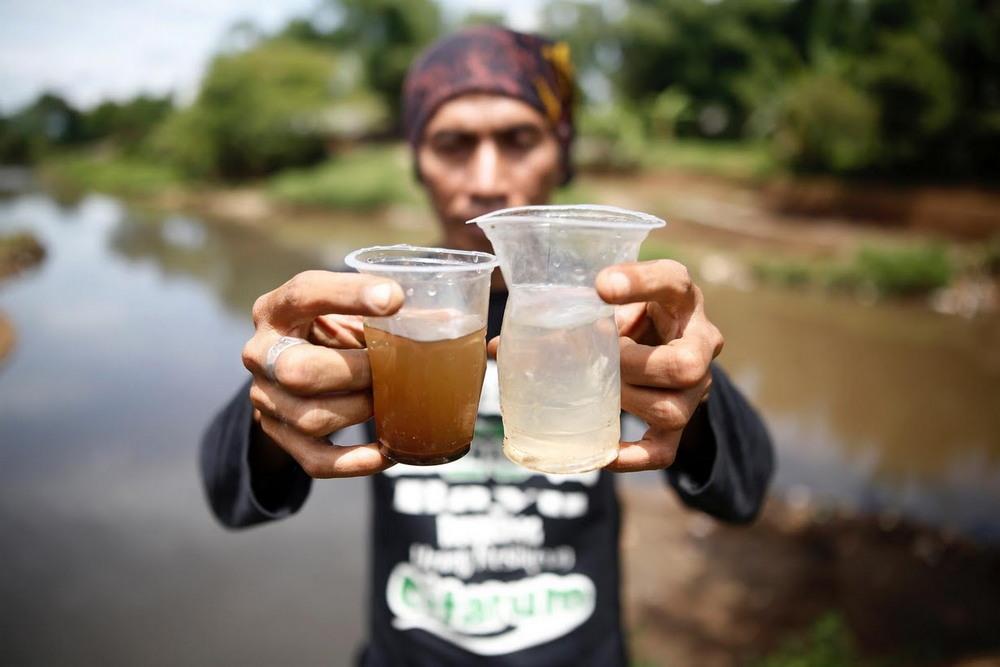Правительство Индонезии решило очистить самую грязную реку
