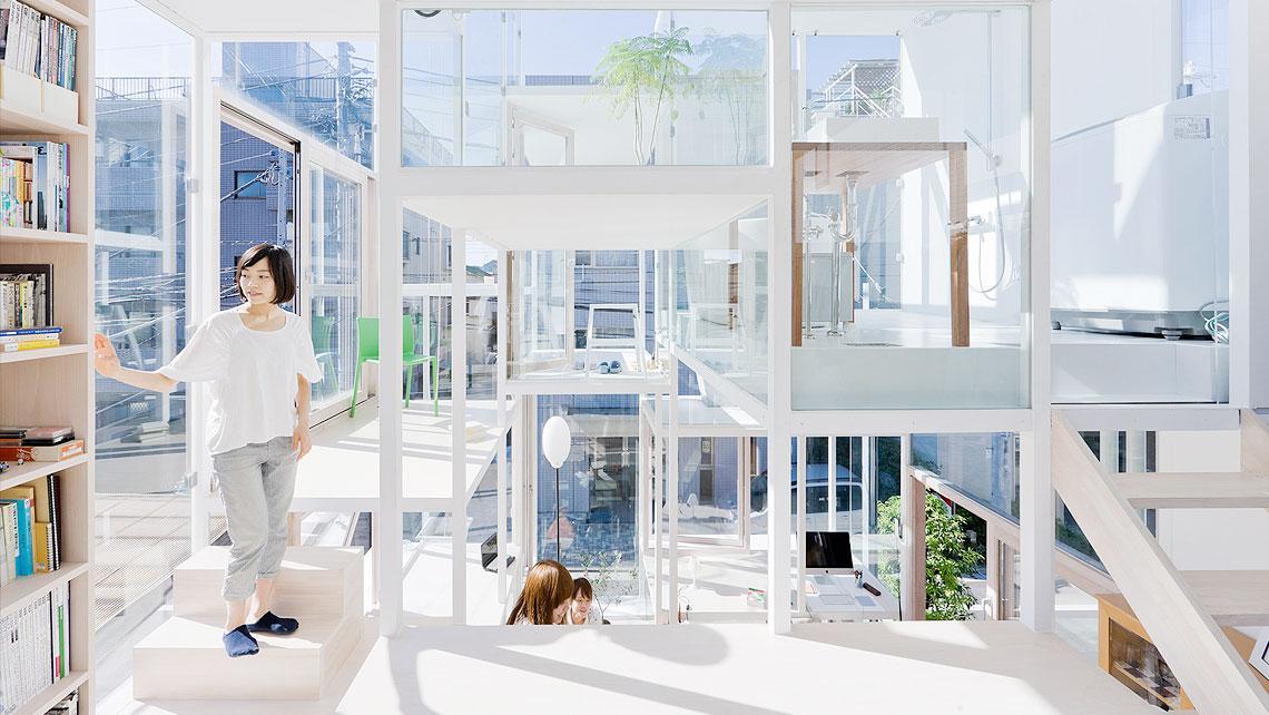 Жизнь в прозрачном доме
