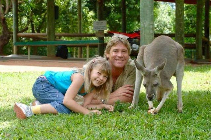 Бинди Ирвин, дочь Стива Ирвина, продолжает дело отца