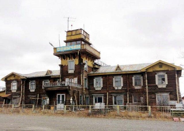 Действующие деревянные аэропорты России