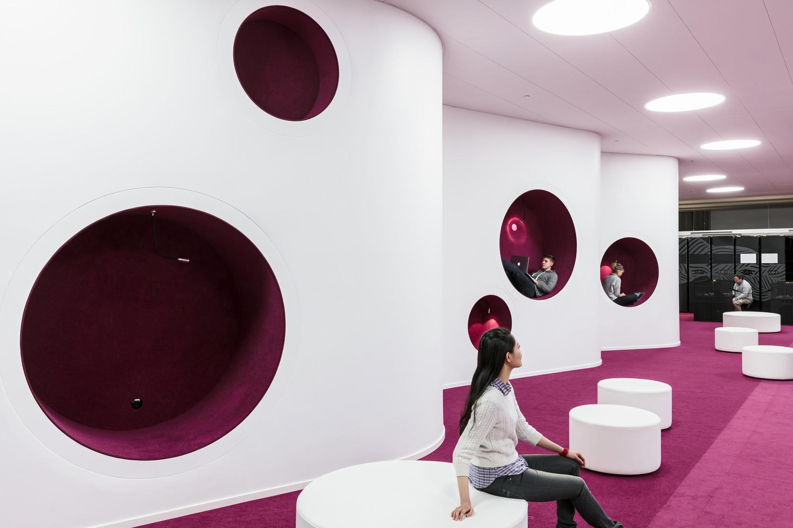 Современная библиотека в Финляндии