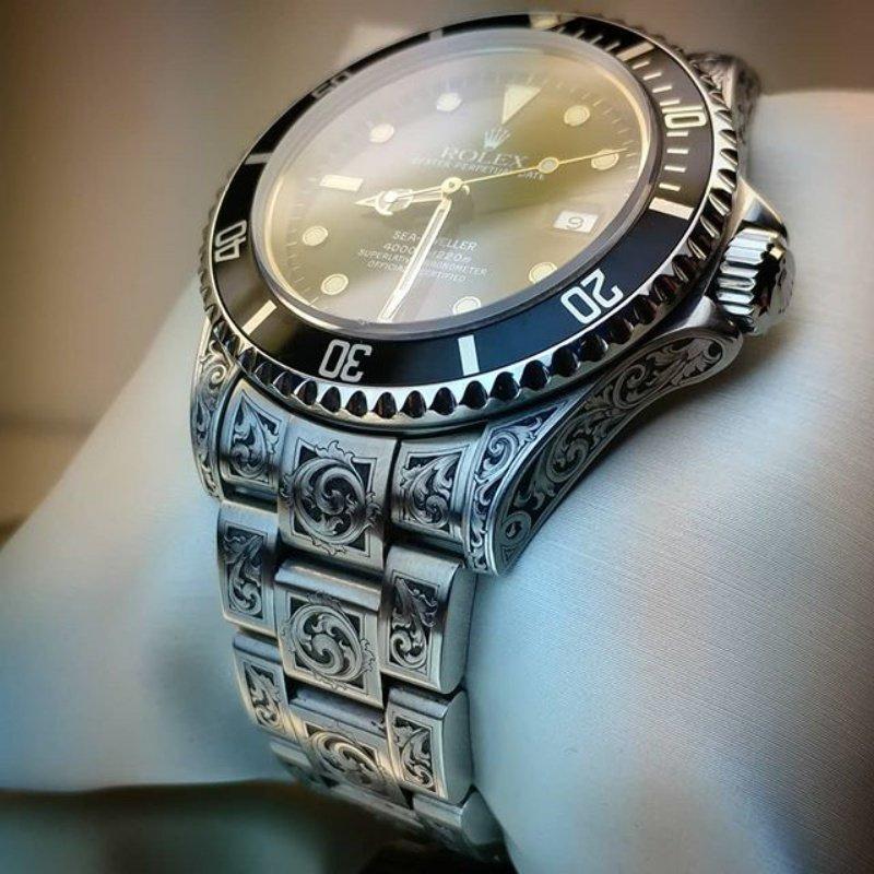 Гравировка — способ сделать дорогие часы ещё дороже