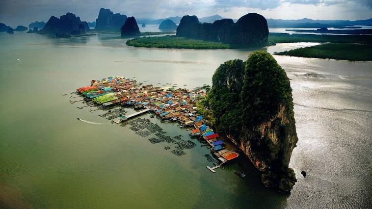 Ко Паньи — плавучая деревня на воде в Таиланде