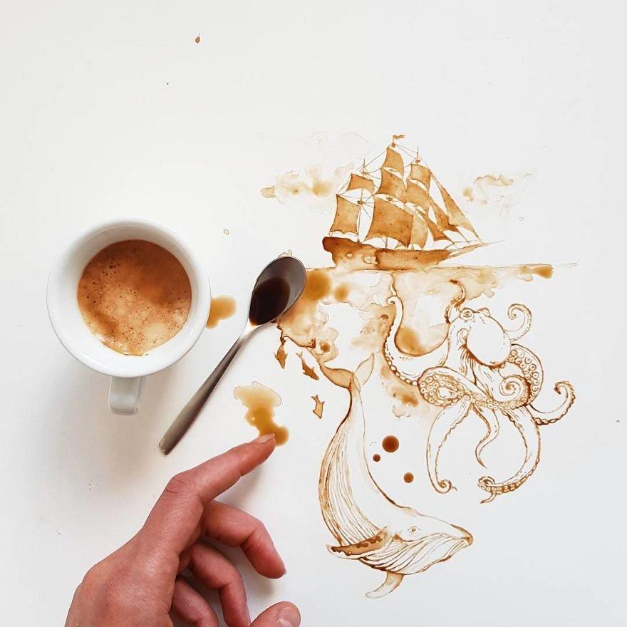 Произведения искусства из пролитых кофе и чая
