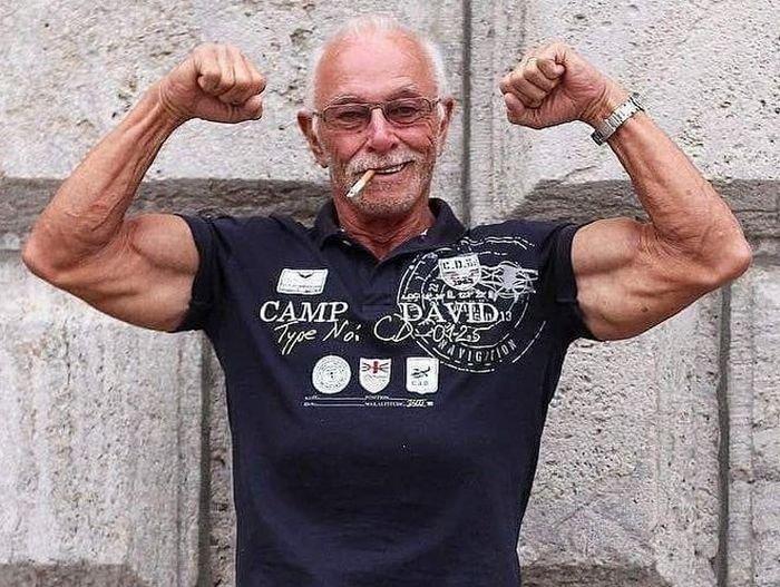 Хайнц Вернер Бонгард — 74-летний бодибилдер из Германии
