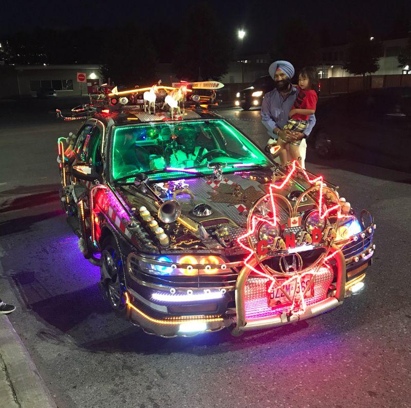 Болливудская версия авто из «Назад в будущее»