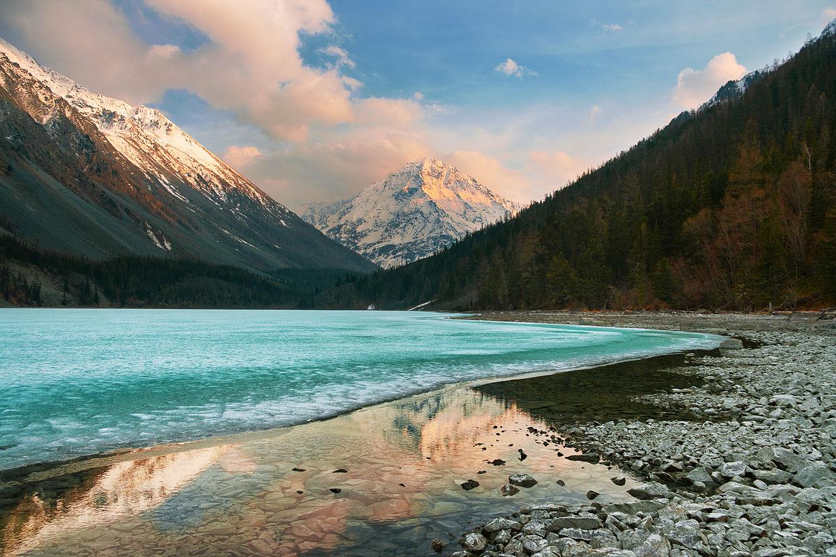 10 причин посетить Алтай
