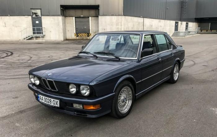 BMW 535i E28 Акула — таких уже не делают