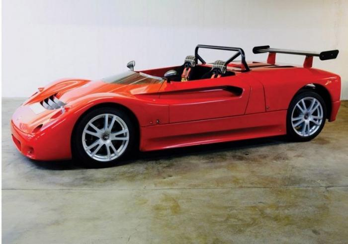 Maserati Barchetta из 90-х выставлен на продажу