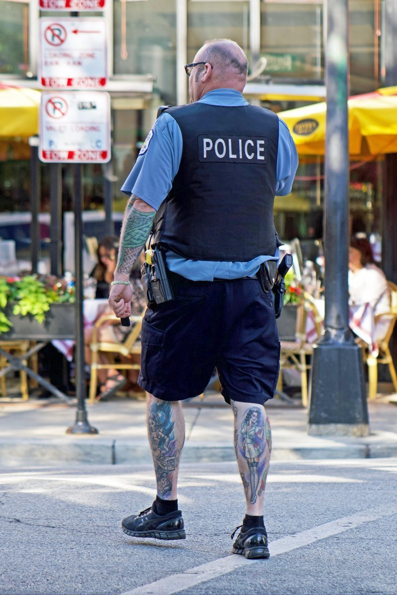 Татуированные полицейские в Америке
