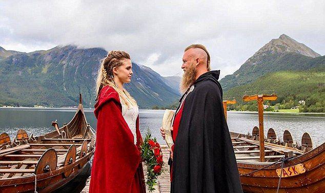 Свадьба в стиле викингов: драккары и медовуха