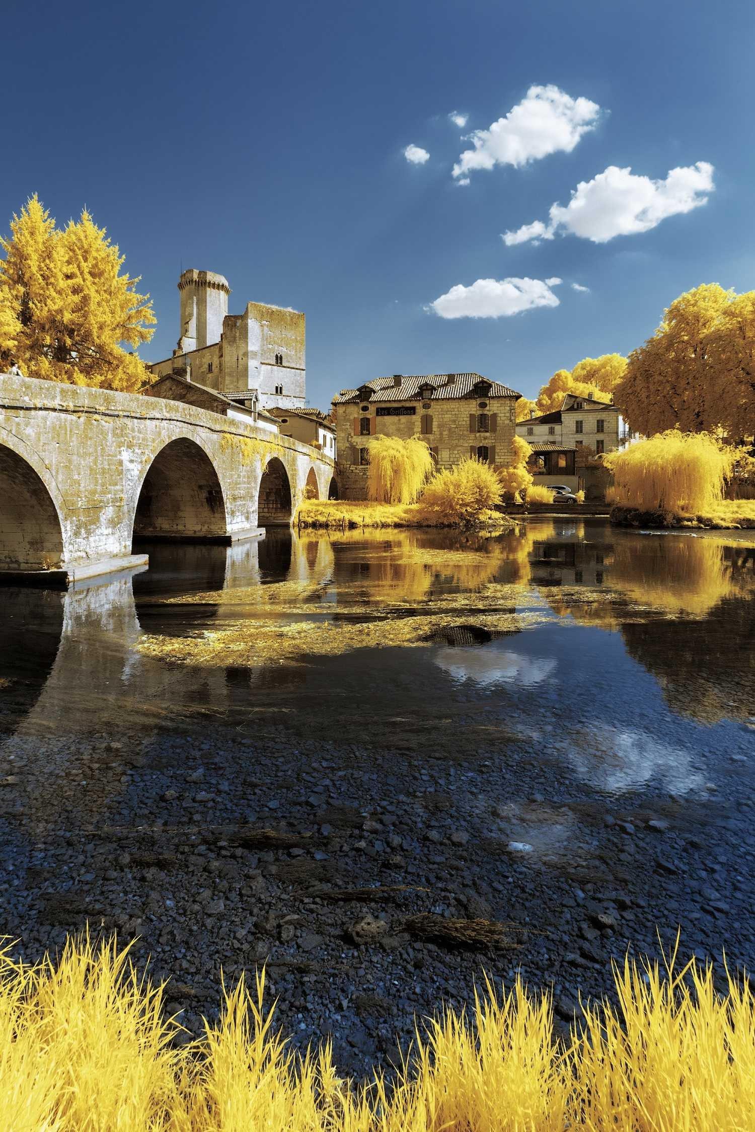 Жёлтые осенние инфракрасные фотографии Пьера-Луи Феррера