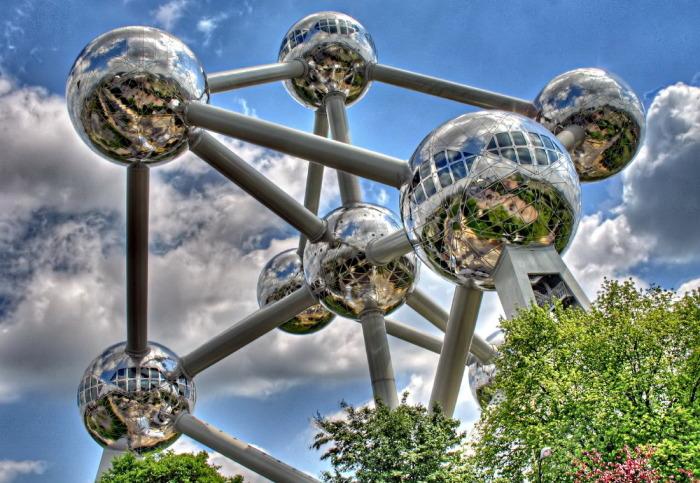 Атомиум — самый посещаемый памятник Брюсселя