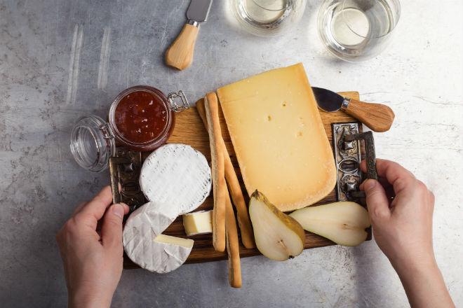 Что происходит с организмом человека, любящего сыр