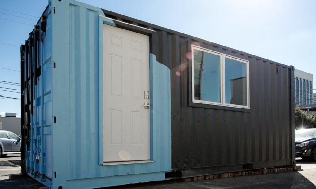 Мобильное жилье из обычного контейнера