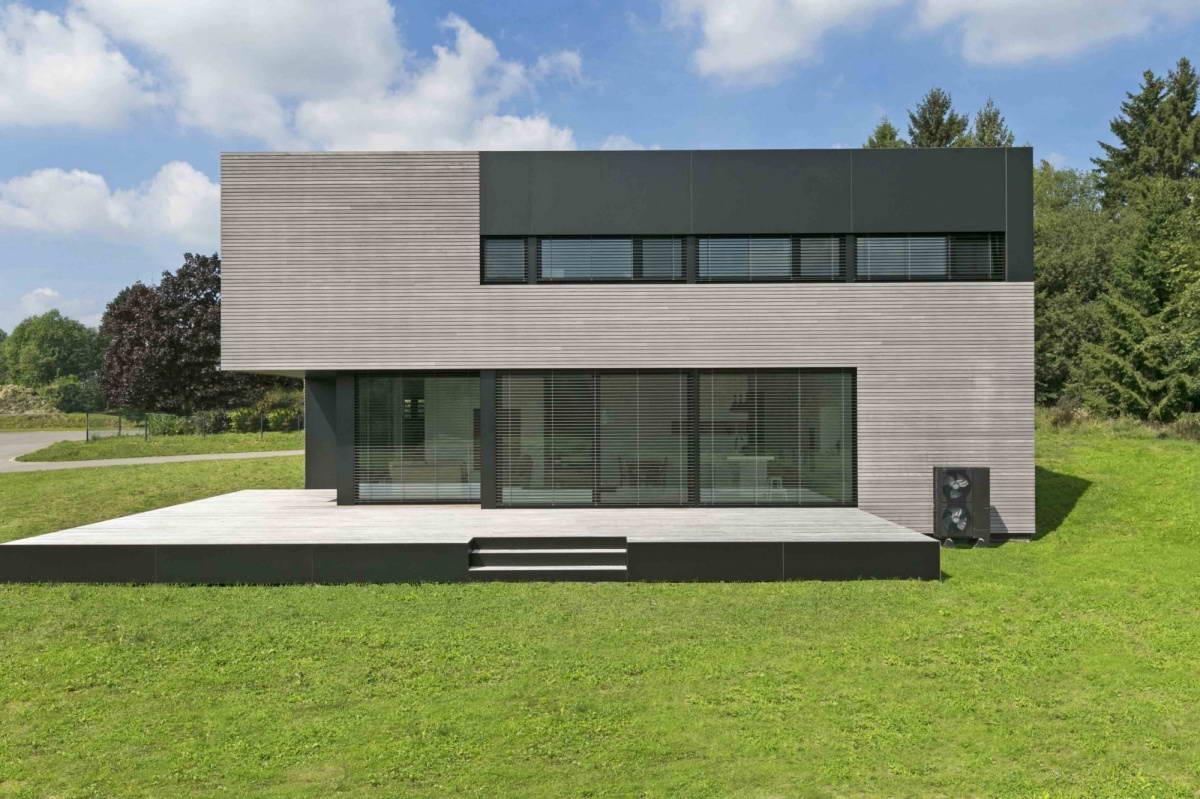 Современный строгий дом в Бельгии