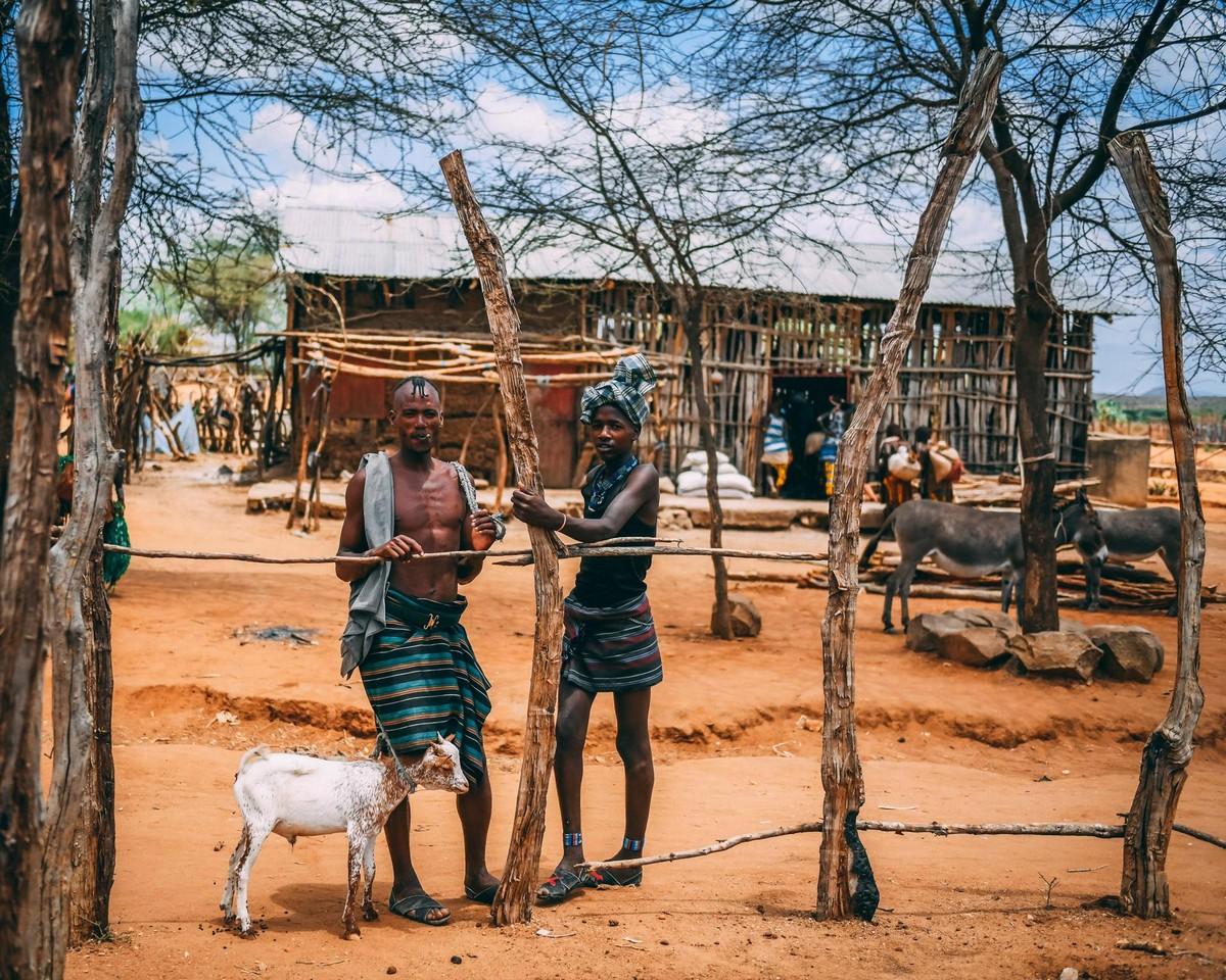Удивительные фотографии племени хамар