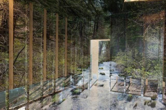 Инсталляции с оптическими иллюзиями от Криса Энгмана