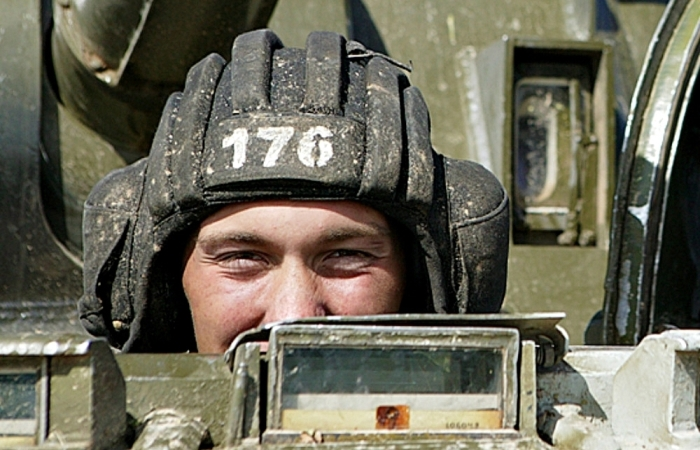 История шлема танкистов в СССР
