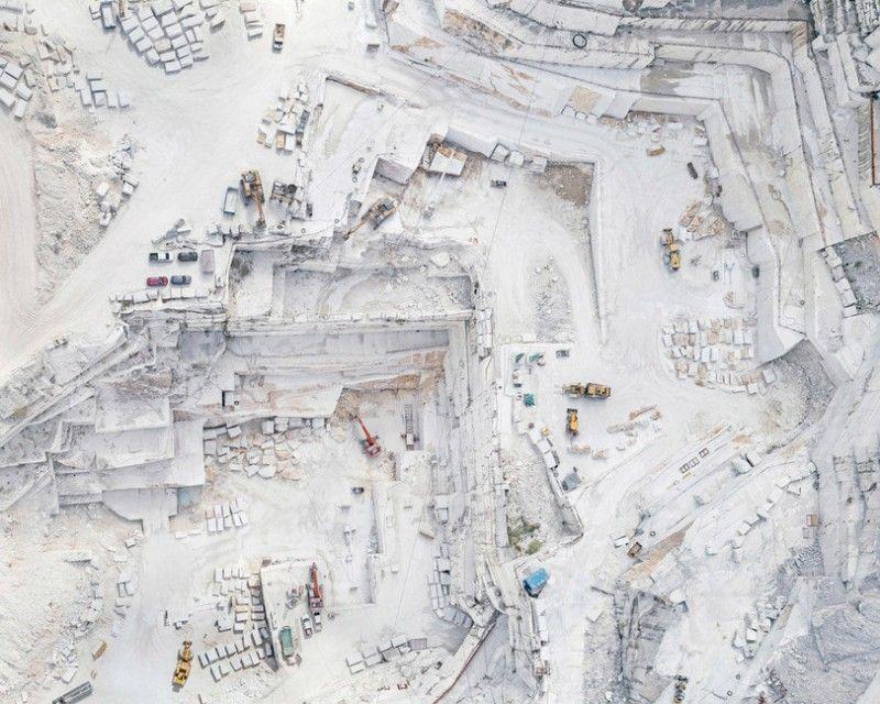 Мраморные каменоломни в Италии с высоты птичьего полета