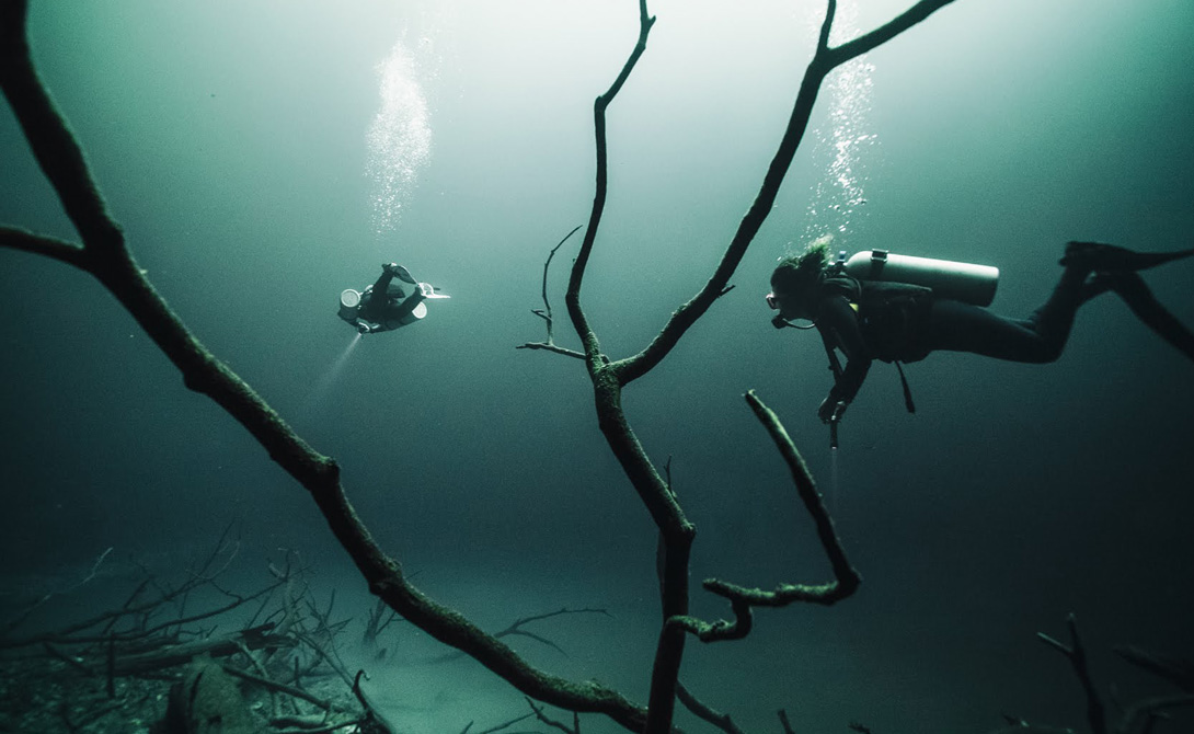Река Анхелита, протекающая под водой